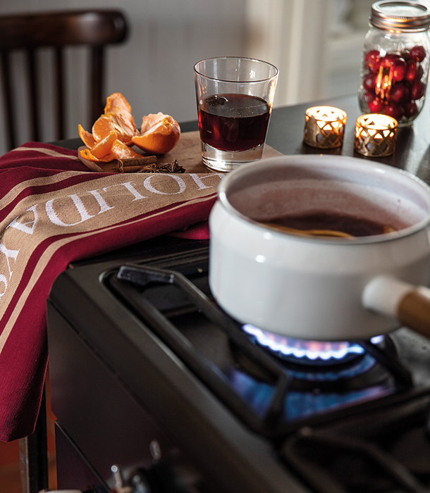Find the tastiest mulled wine recipe to serve this holiday season.