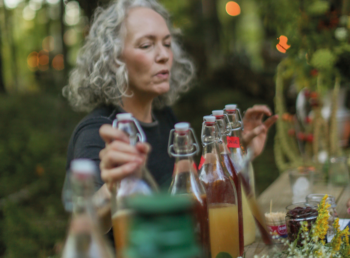 Laura Silverman, forager, mixologist and founder of the Outside Institute discusses the benefits of the different herbs she used to make her cocktails.