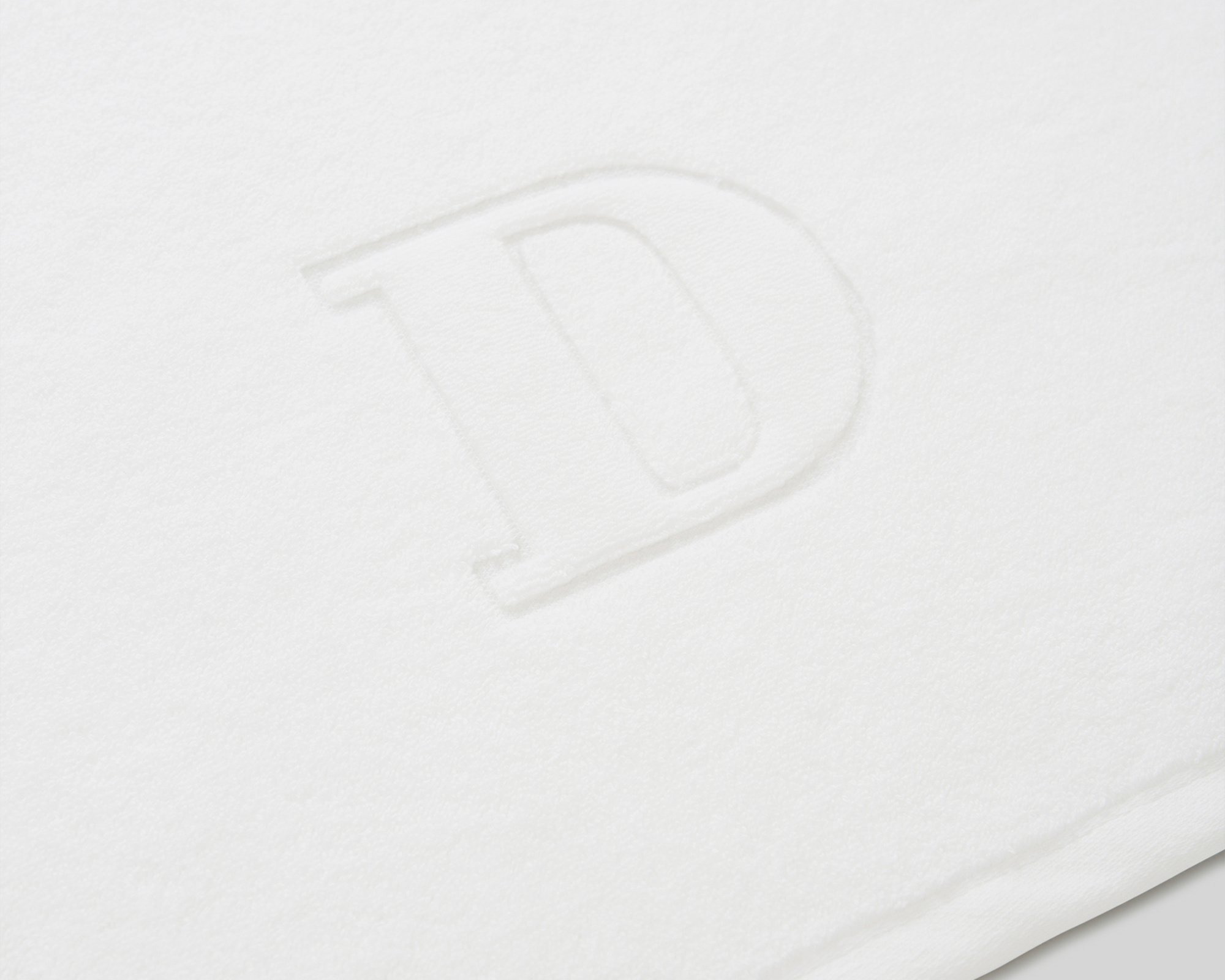 Icons Monogram Towel Letter D