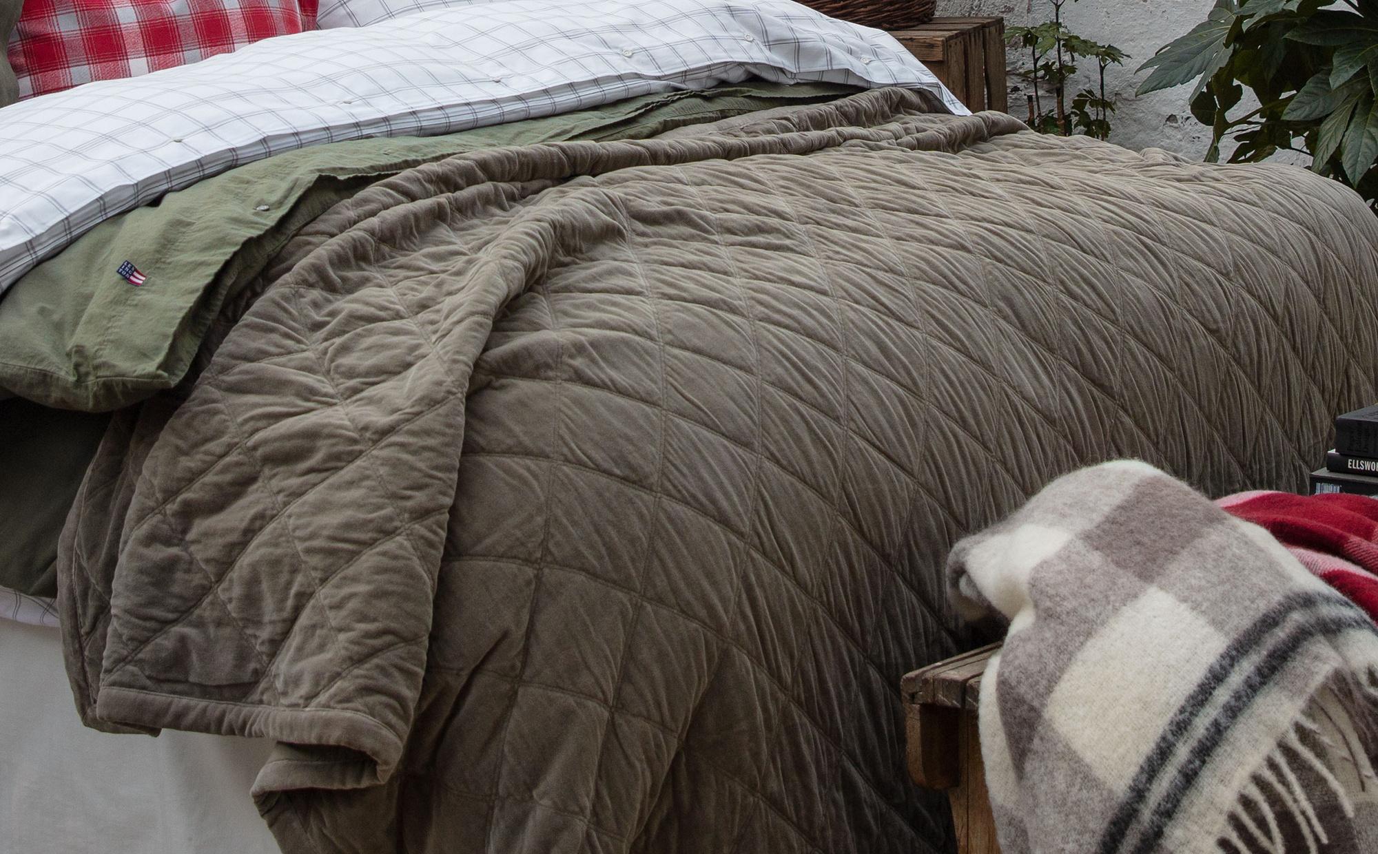 Quilt Velvet Bedspread, Green