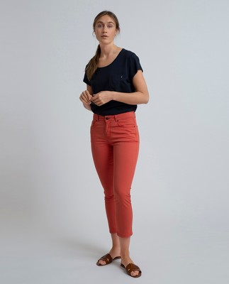 Zoe Solid Pants, Paprika Red