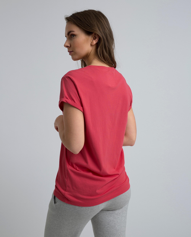 Vanessa Tee, Vintage Red