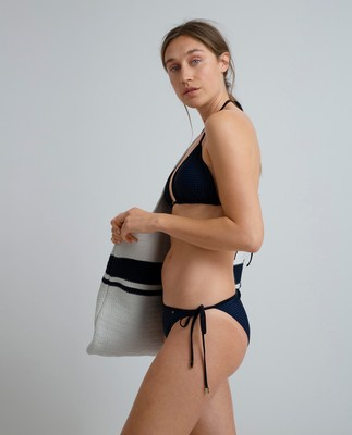 Stephanie Bikini Bottom, Blue