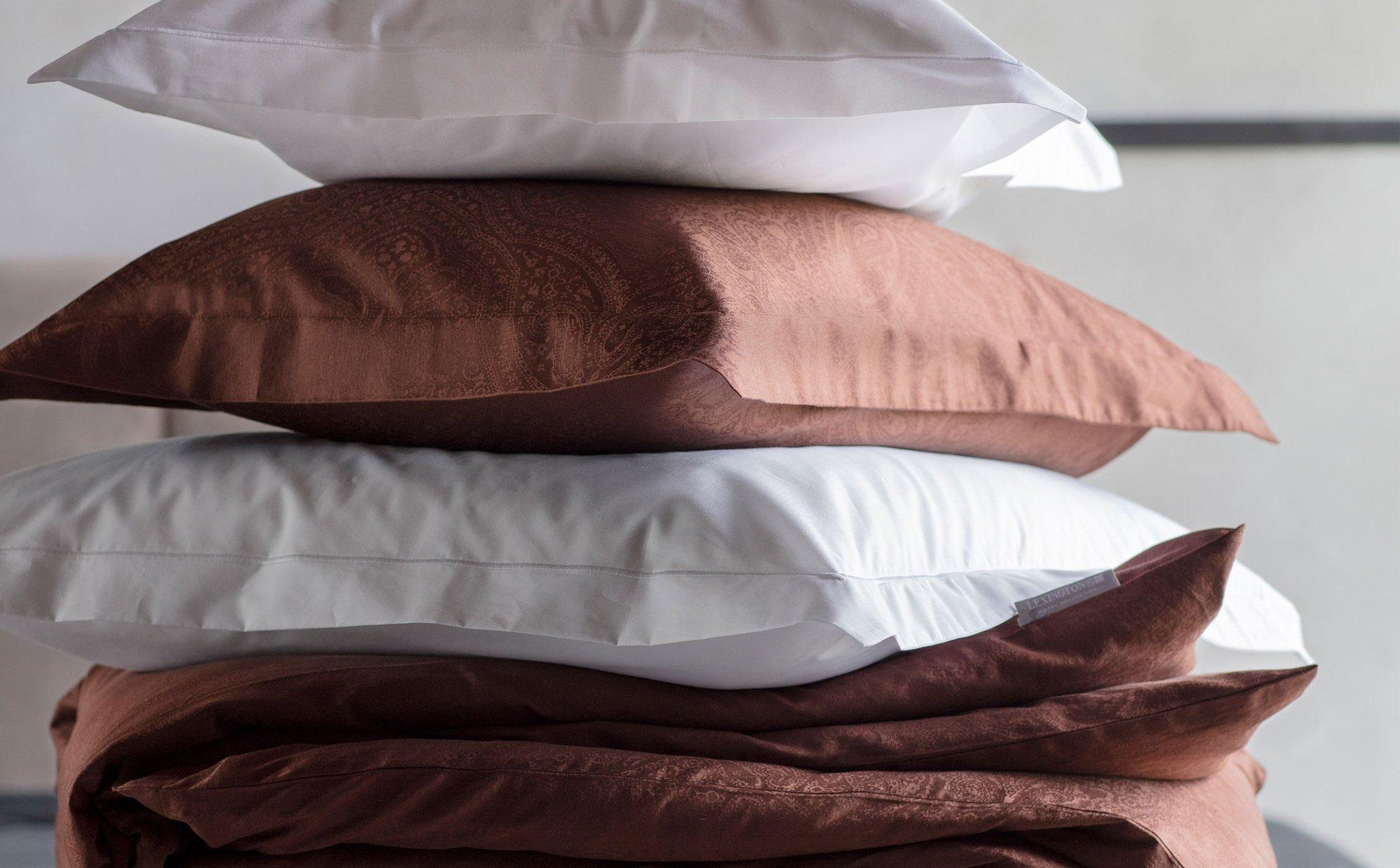 Hotel Sateen Jacquard Chestnut Pillowcase