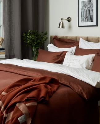 Hotel Herringbone Bedspread, Chestnut