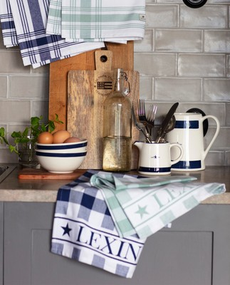 Hotel Gingham Kitchen Towel, White/Blue
