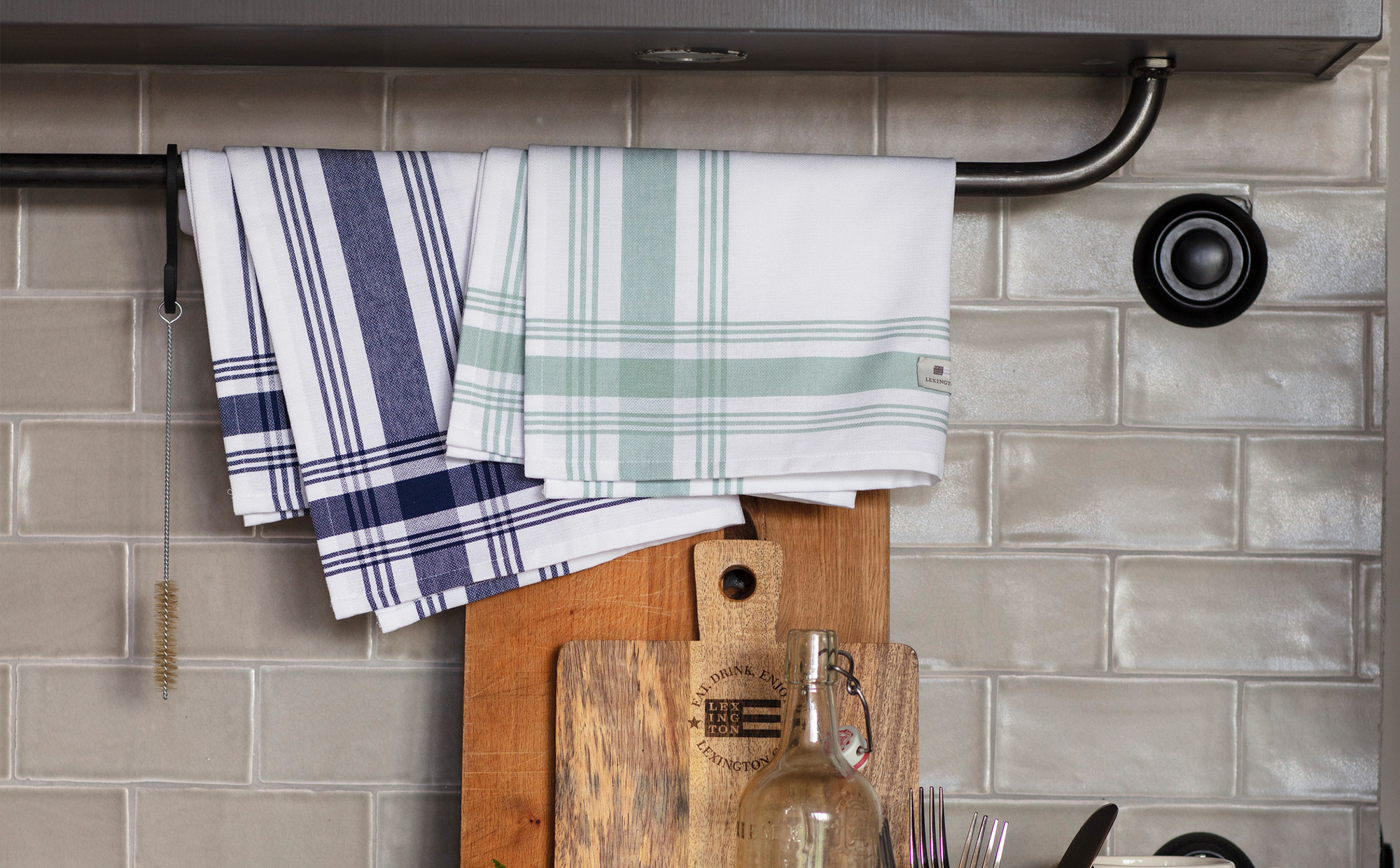 Hotel Framed Kitchen Towel, White/Green