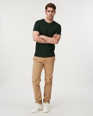 Travis Tee, Green