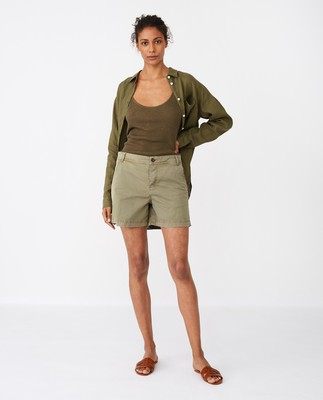 Gail Shorts, Green