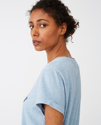 Vanessa Tee, Light Blue Melane