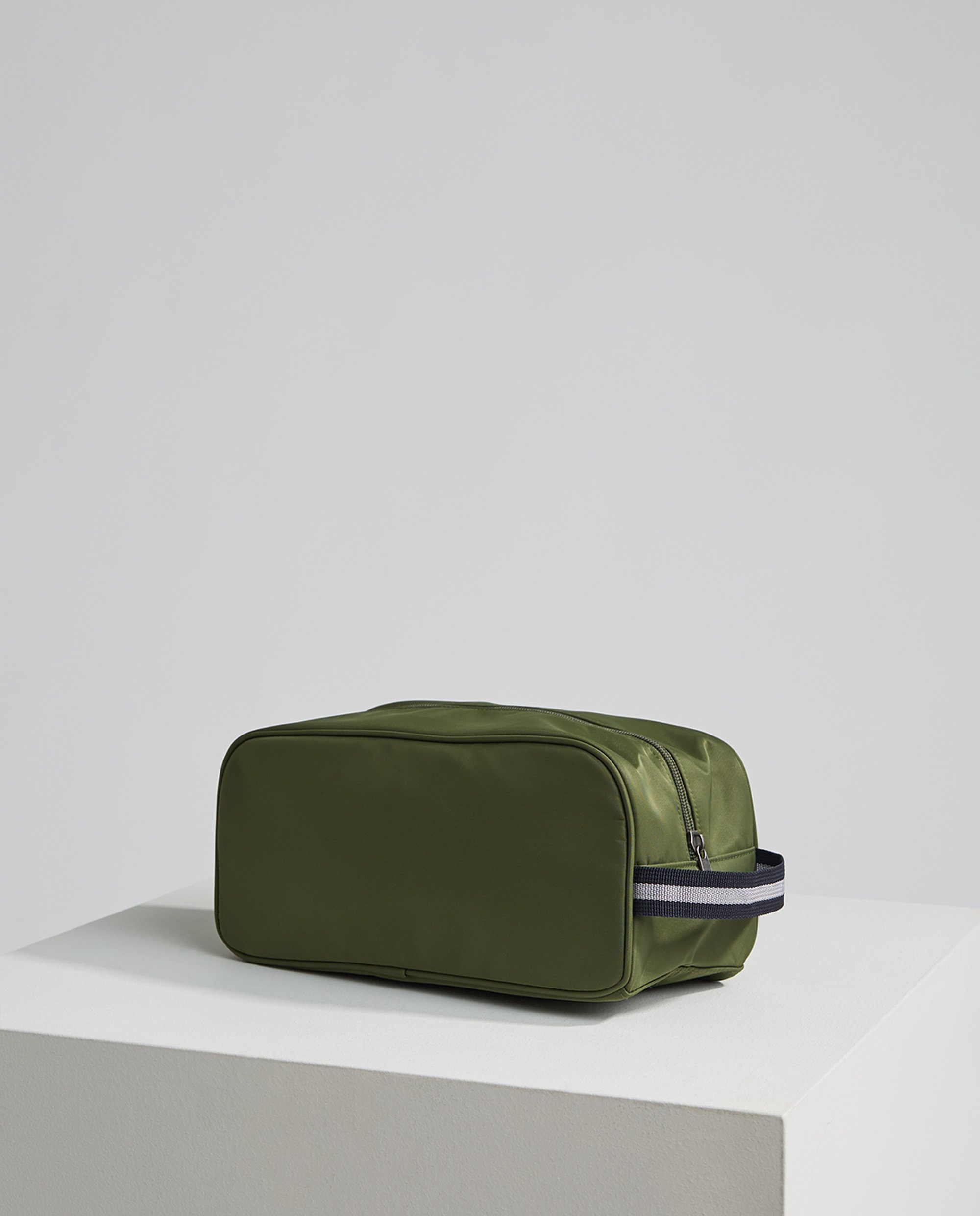 Princeton Toilet Bag, Green