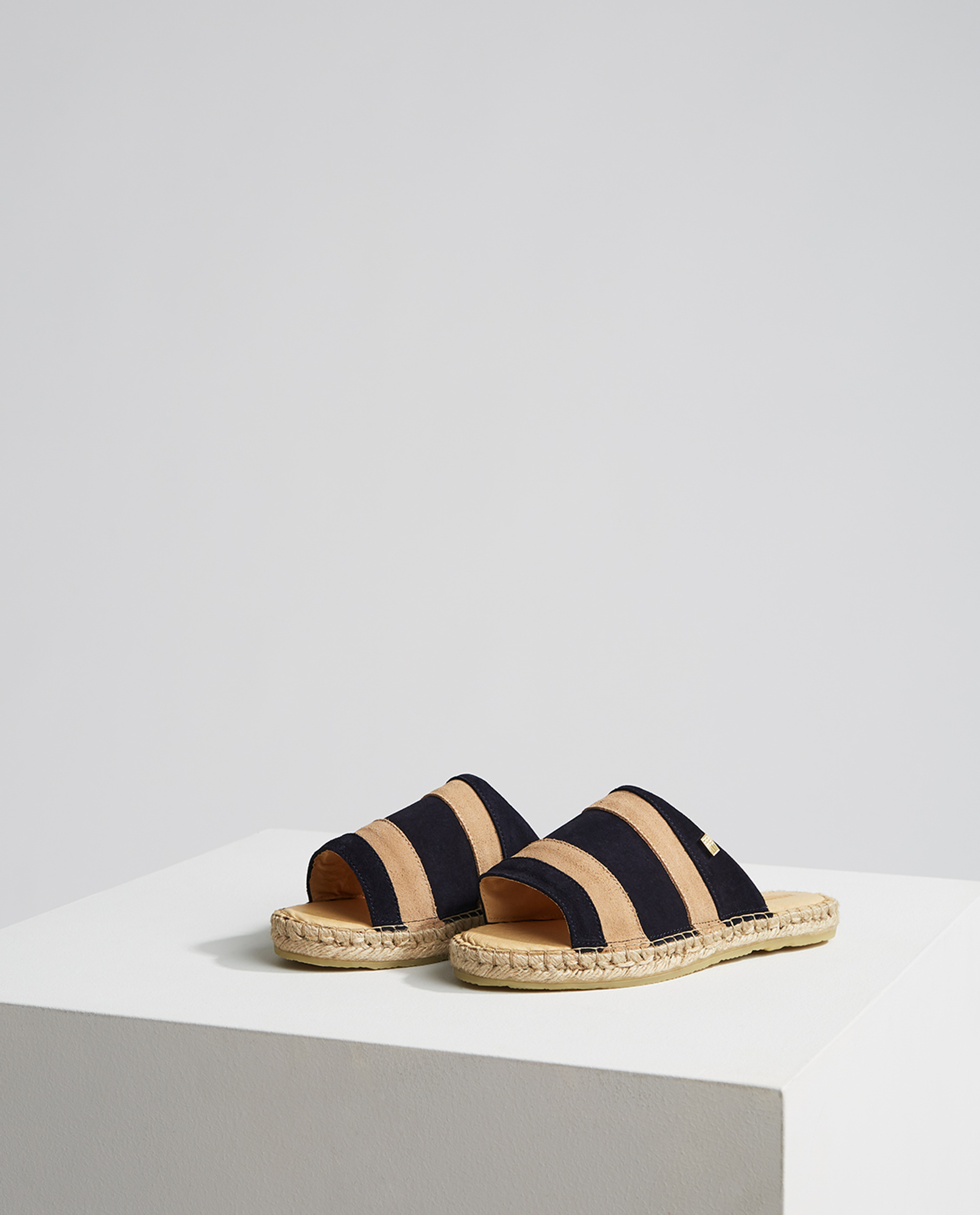 Liverly Sandals, Dark Blue/Beige Stripe