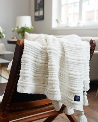 Knitted Tassel Throw, White