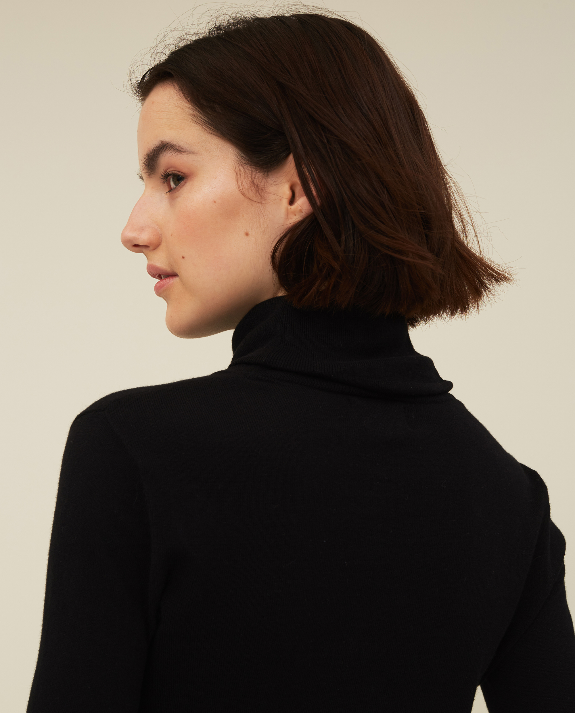 Francoise Cotton/Cashmere Roll Neck, Black