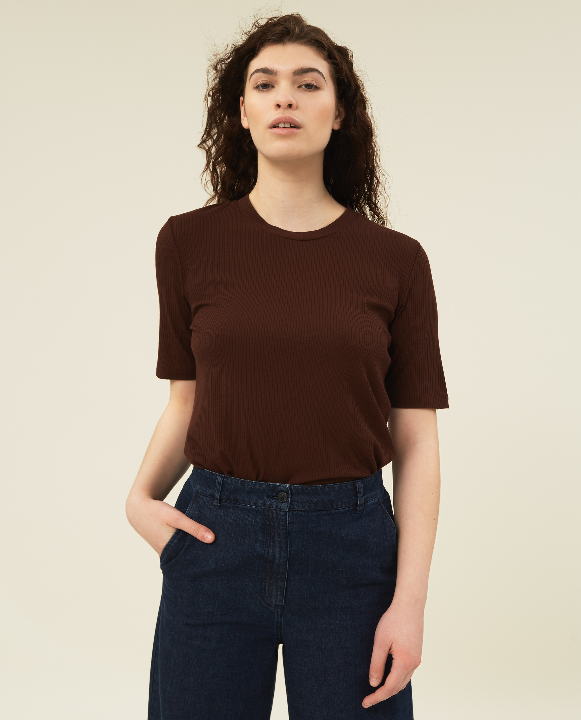 Rira Rib Tee, Dark Brown