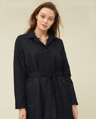 Victoria Trench, Dark Blue