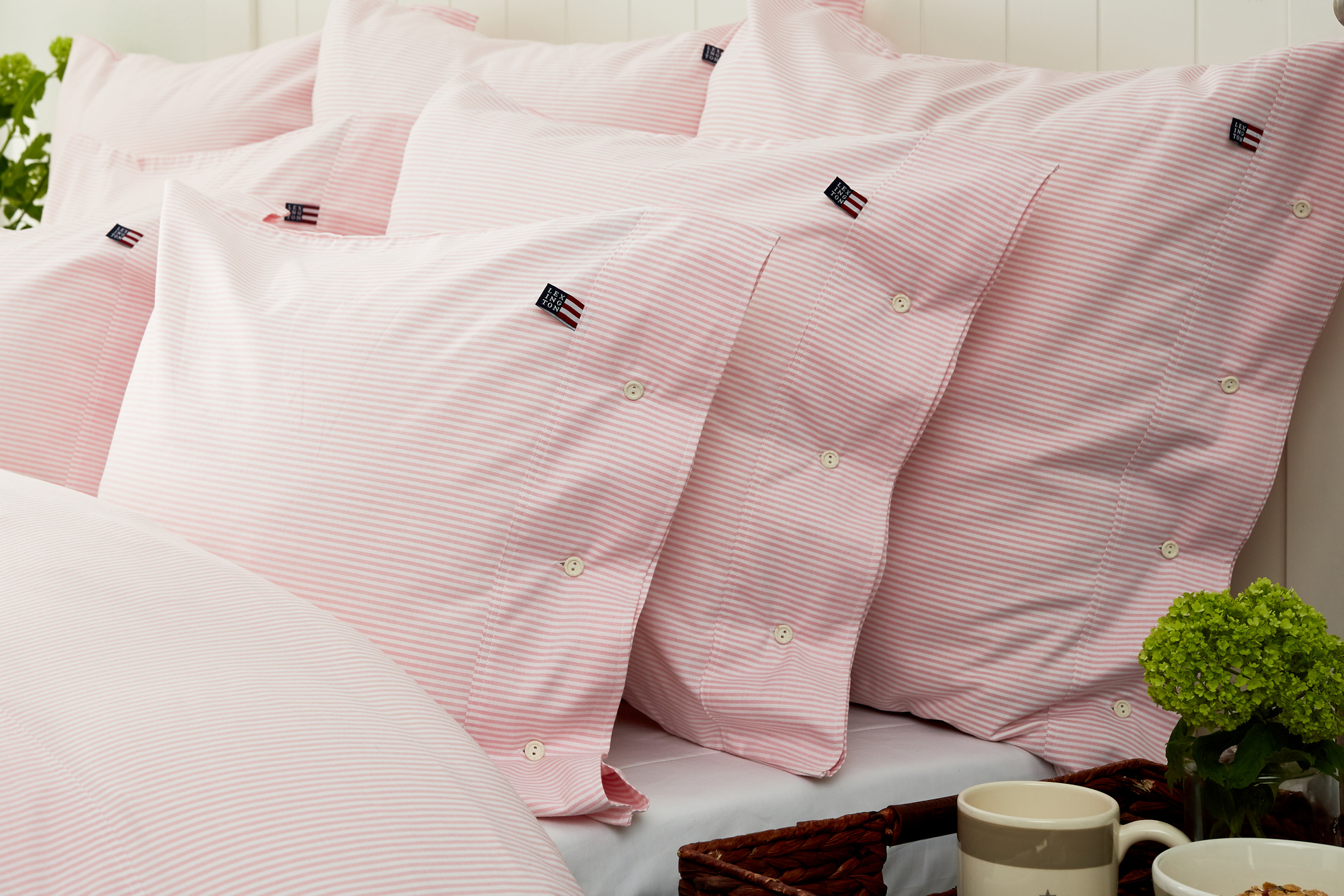 Icons Pin Point Pillowcase, Pink/White