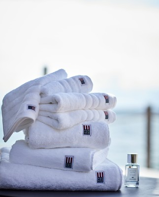 Icons Original Bath Towel White