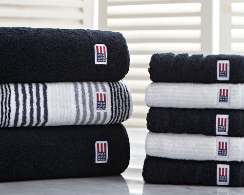 Icons Original Bath Towel Black