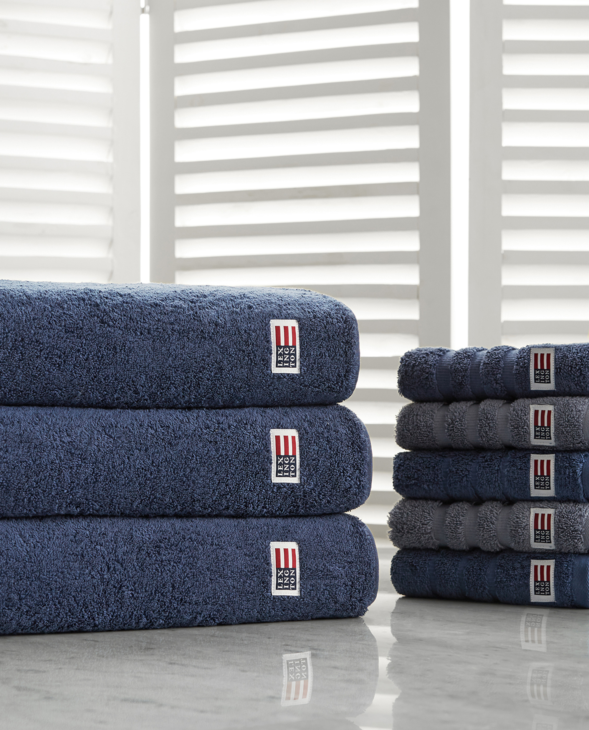 Icons Original Bath Towel Denim Blue