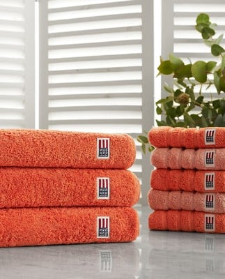 Icons Original Bath Towel Soft Orange