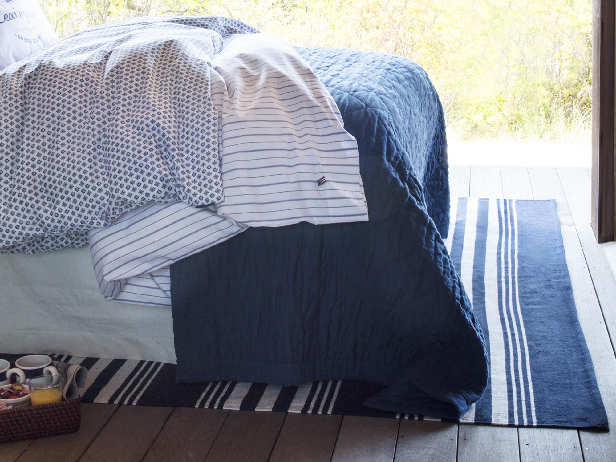 Quilt Bedspread, Blue
