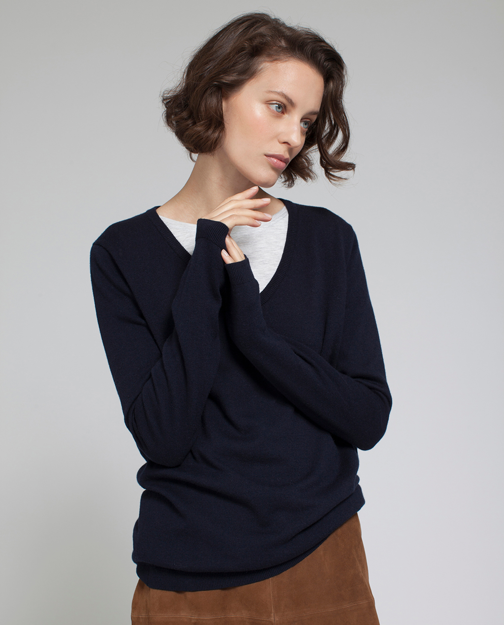 Madaleine V-neck Sweater, Deep Marine Blue