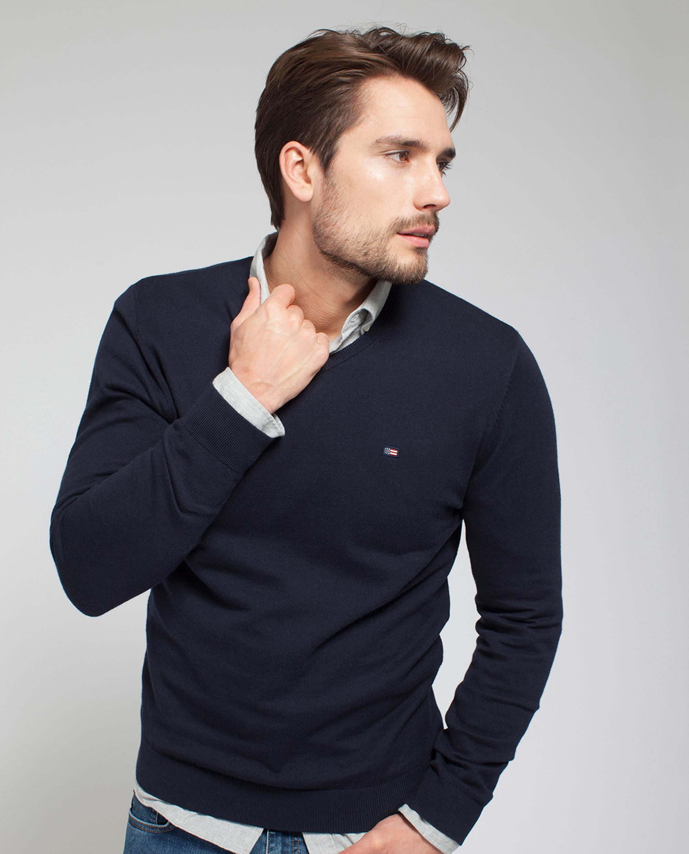 Nicholas V-Neck Sweater, Deepest Blue