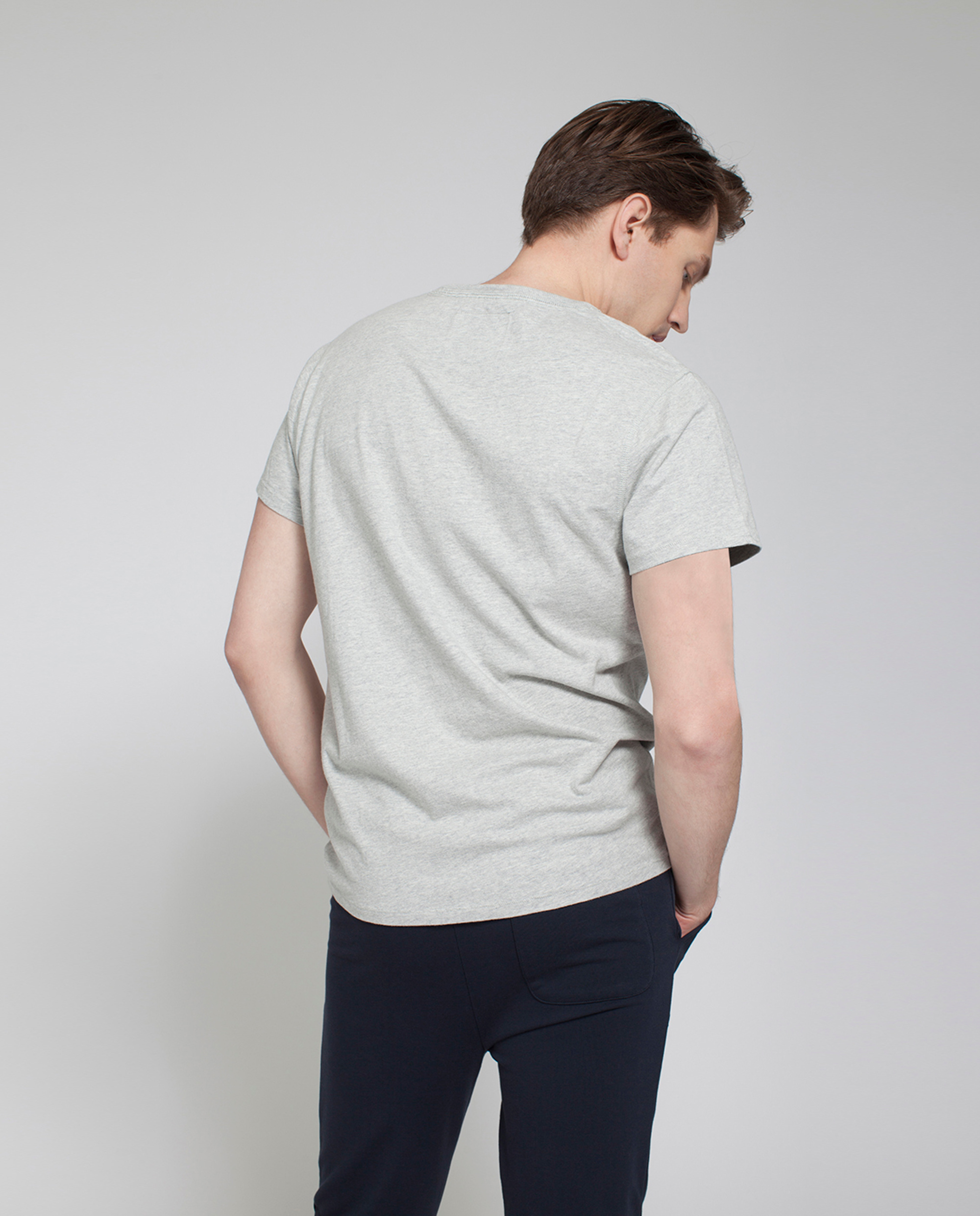 Justin Tee, Light Warm Gray