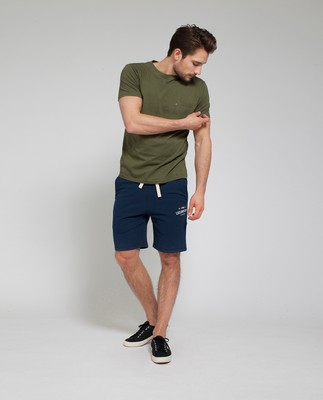Travis Tee, Olive Night