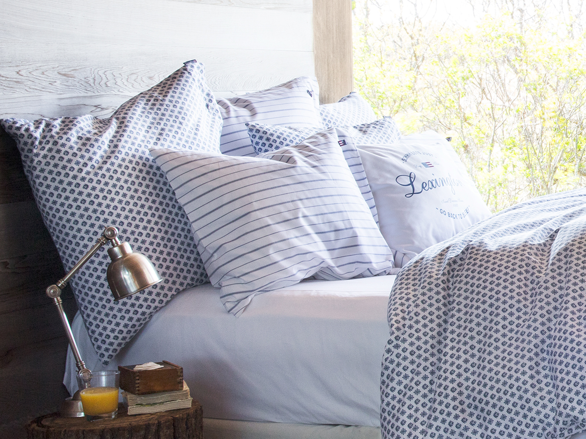 White/Blue Pin Point Pillowcase